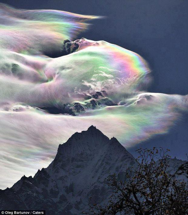 Rainbow cloud over Mt. Everest